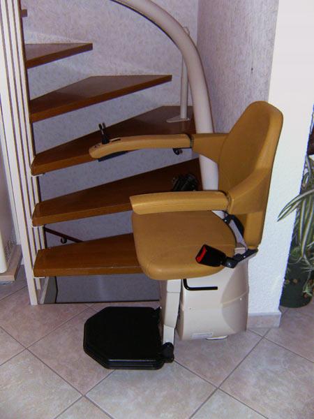 abele treppenlifte gebrauchte treppenlifte. Black Bedroom Furniture Sets. Home Design Ideas